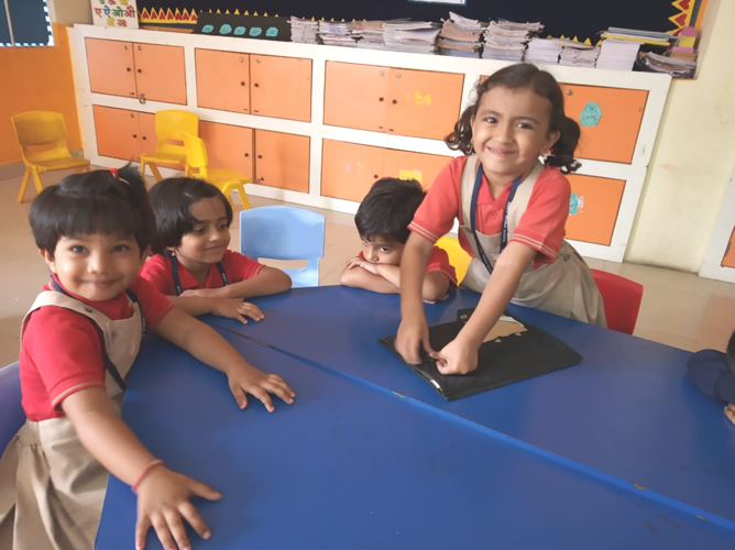 Buttoning Activity (4)